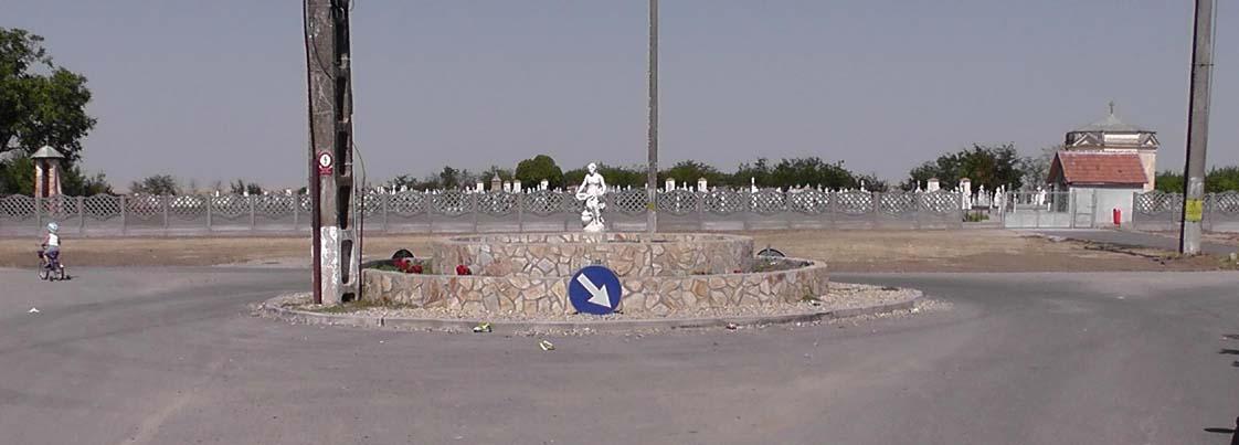 Oberer Friedhof, neuer Zaun und Kreisel