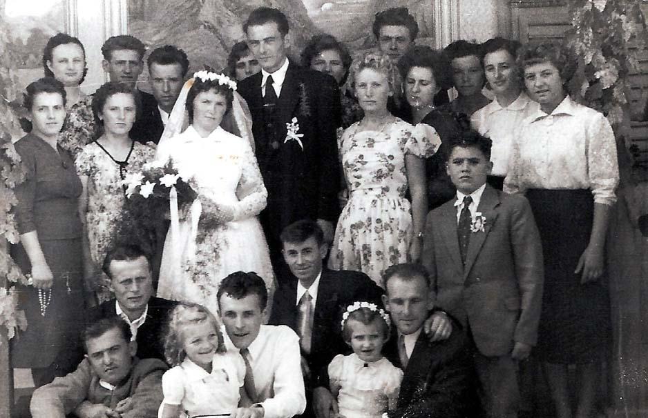 Hochzeit Bockche Kathi und Josef Hertl, mit Freunden